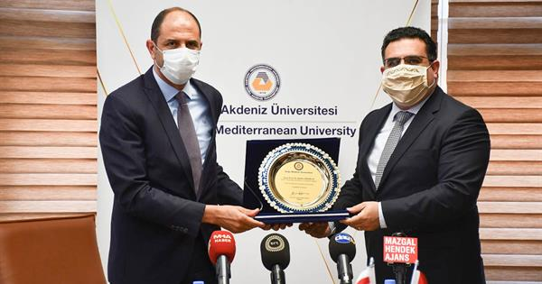 TRNC Deputy Minister and Minister of Foreign Affairs Prof. Dr. Kudret Özersay Visits EMU